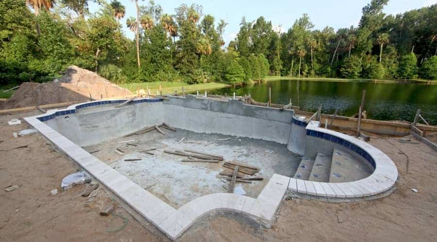 Fiberglass vs Gunite Swimming Pool: Key Advantages to Know ...