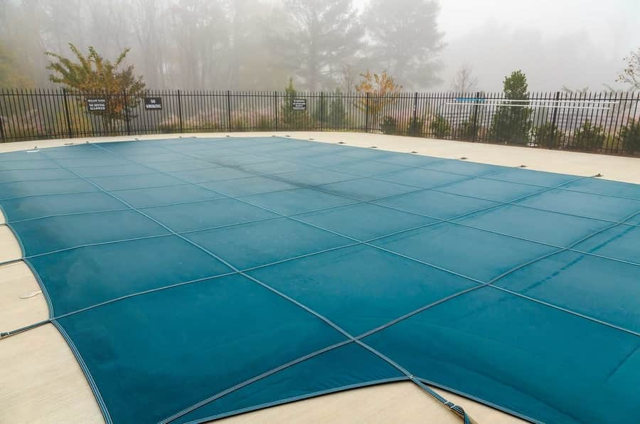 How Much Does an Automatic Pool Cover Cost? - Pool Buyer Guide